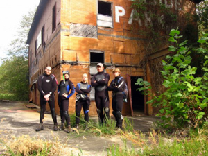 Gangloff with students in their wetsuits